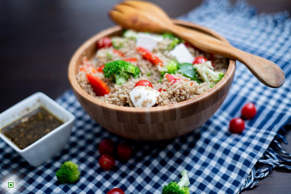 Quinoa broccoli salad with balsamic dressing